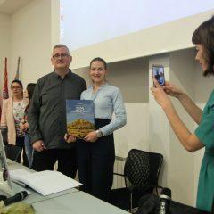 """Veliki foto izvještaj i video s promocije knjige """"2025 godina grada Knina""""gall-21"""