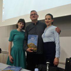 """Veliki foto izvještaj i video s promocije knjige """"2025 godina grada Knina""""gall-23"""
