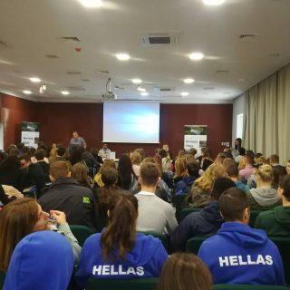 Učenici iz 9 zemalja EU na predstavljanju projekta Nepoznata Krka: skrivena blaga gornjeg  i srednjeg toka rijeke Krkegall-2