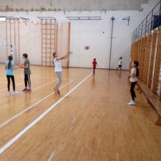 Foto: Obnovljen ŽRK Knin i osnovana Škola rukometa; Pozivaju se djevojčice i dječaci da se pridružegall-2