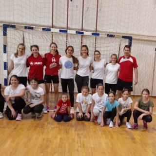 Foto: Obnovljen ŽRK Knin i osnovana Škola rukometa; Pozivaju se djevojčice i dječaci da se pridružegall-0