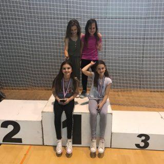 Nove tri medalje za Karate klub Kningall-3