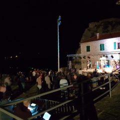 Odličan koncert Leta 3 prvoga dana King Festa; Večeras Krankšvestergall-12