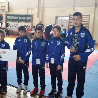 Pet medalja za najmlađe Divovce u Fojnicigall-1