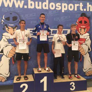 Josip Teskera iz TKD DIV Knin juniorski prvak Hrvatske! Pratljačić brončani!gall-0