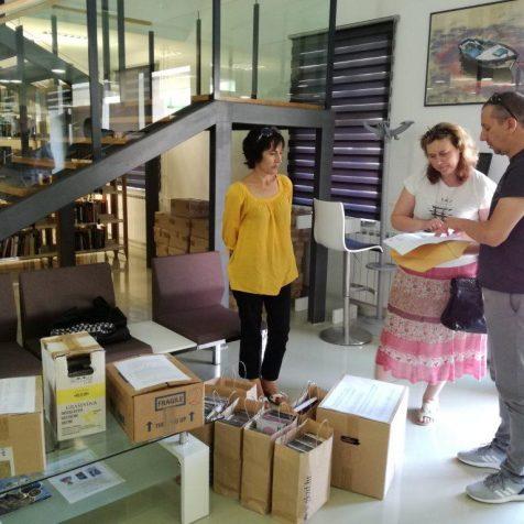 Gradska knjižnica Zadar donirala kninskoj knjižnici 500 CD-ovagall-1