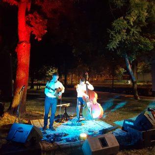 Jazz svirka u parku: Knin je grad!gall-1