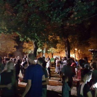 Jazz svirka u parku: Knin je grad!gall-3