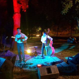 Jazz svirka u parku: Knin je grad!gall-10