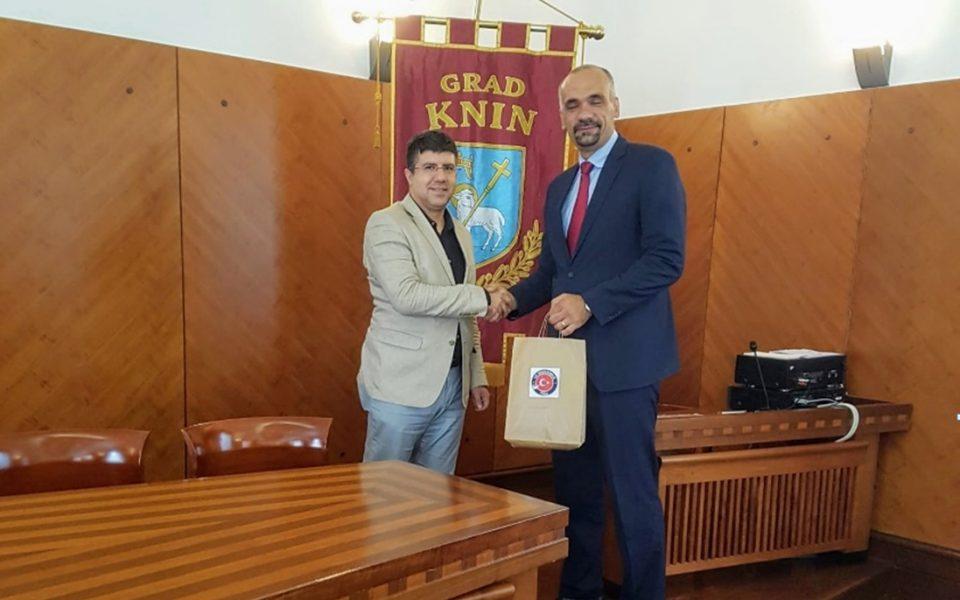 http://huknet1.hr/wp-content/uploads/2018/07/sastanak-turska-agencija-960x600_c.jpg