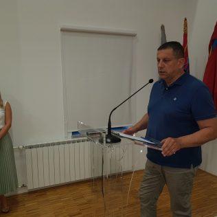 """Promovirana knjiga """"Domovinski rat – pregled političke i diplomatske povijesti""""gall-4"""