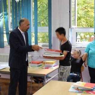 Uručeni udžbenici kninskim osnovnoškolcima s poteškoćama u razvojugall-11