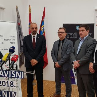 Ministar Butković na Nacionalnom susretu nezavisnih u Kninu: Pelješki most i prije 2022. godinegall-0