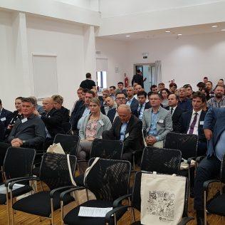 Ministar Butković na Nacionalnom susretu nezavisnih u Kninu: Pelješki most i prije 2022. godinegall-1