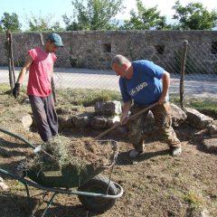 Završeni  ovogodišnji radovi konzervacije na položaju mletačke vojarne konjice u podgrađu kninske tvrđavegall-1