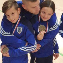 Mlade snage TK DIV Knin i dalje dominiraju: Mlađe kadetkinje 2. ekipno na Omiš openugall-13