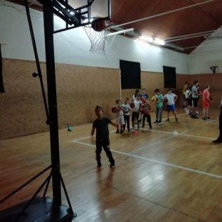 KK Knin dobio vrijednu donaciju od HKS-a; Pozivaju se djeca i mladi da se upišu u košarkaški klubgall-2