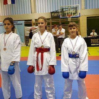 Karate klub Knin osvojio šest medalja na Prvenstvu Dalmacijegall-4