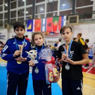 Pet medalja za Divovce na Mostar Openu.gall-1