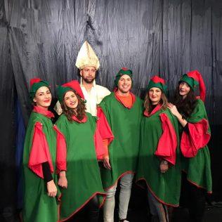 Najmlađim Kninjanima podijeljeno 500 poklona; Sveti Nikola posjetio i starije i nemoćnegall-1