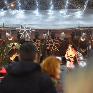 Advent Report: Badnjak i Božić na Adventu u Kninugall-4