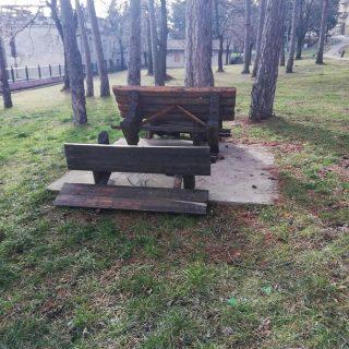 Stoka uništila klupe u Borićimagall-0