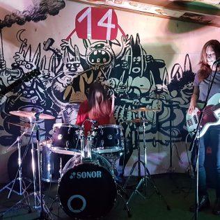 Foto: Fantastični spoj slikarstva uživo (Ton art) i glazbe (koncert Seven Mouldy Figs) u A3gall-1