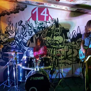 Foto: Fantastični spoj slikarstva uživo (Ton art) i glazbe (koncert Seven Mouldy Figs) u A3gall-2