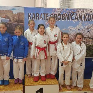 Devet medalja Karate kluba Knin na Grobničan kupugall-2
