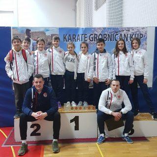 Devet medalja Karate kluba Knin na Grobničan kupugall-4