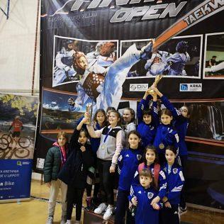 17 medalja, 4 ekipna plasmana i 3. sveukupno mjesto  za Taekwondo klub DIV Kningall-11