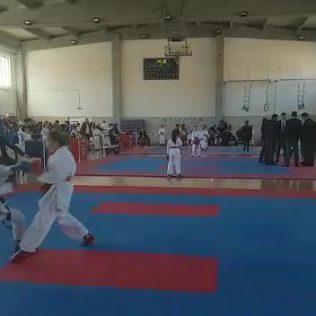 Nove četiri medalje za Karate klub Kningall-5