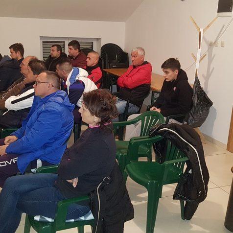 Održana redovna skupština NK Dinara; Skupština prepolovljena zbog neplaćanja članarinegall-1