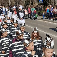 Velika foto galerija: Mala maškarana povorka oduševila kreativnim maskamagall-16