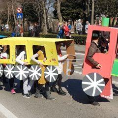 Velika foto galerija: Mala maškarana povorka oduševila kreativnim maskamagall-44