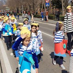 Velika foto galerija: Mala maškarana povorka oduševila kreativnim maskamagall-51