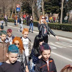 Velika foto galerija: Mala maškarana povorka oduševila kreativnim maskamagall-58
