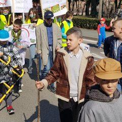 Velika foto galerija: Mala maškarana povorka oduševila kreativnim maskamagall-75