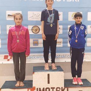 Šest medalja u Imotskom za TK DIV Knin; Lea Grbavac zlatnagall-1