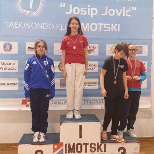 Šest medalja u Imotskom za TK DIV Knin; Lea Grbavac zlatnagall-2