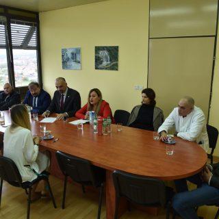 Grad donirao bolnici medicinsku opremu vrijednu 200 tisuća kunagall-0