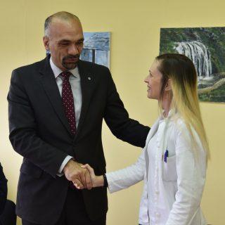 Grad donirao bolnici medicinsku opremu vrijednu 200 tisuća kunagall-1