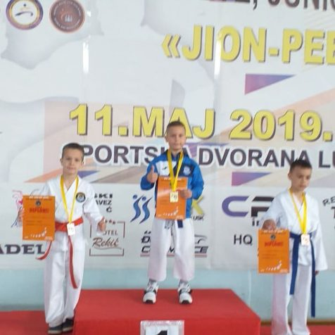 Ivan Krvavica osvojio srebro i broncu na međunarodnom Karate kupu u Bihaćugall-1