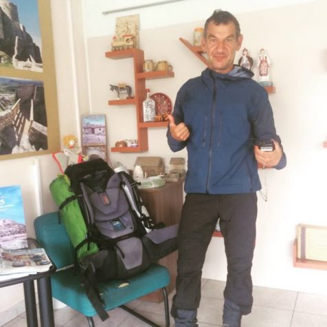 Europski Forrest Gump u Kninu: Pješke obišao 31 državugall-0