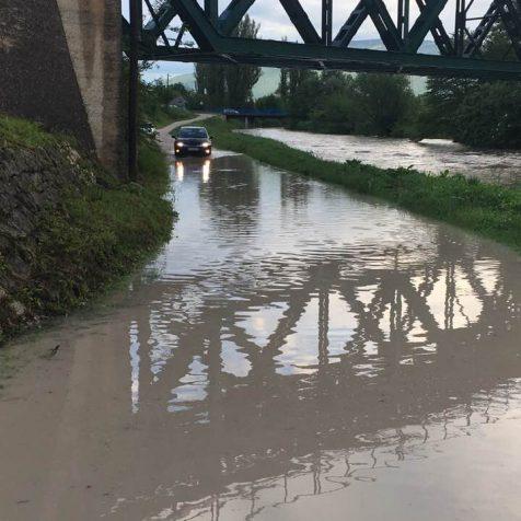 Opet poplavio put do kuća kod Bulinoga mostagall-0