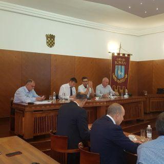Dinara možda već za godinu dana postaje Park prirode! Ministar Ćorić danas u Kninu izložio hodogram aktivnostigall-2
