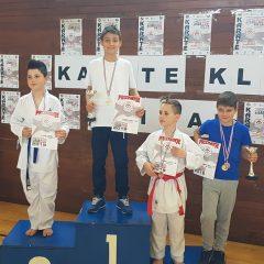 Karate klub Knin osvojio treće ekipno mjesto na Sisak kupugall-2