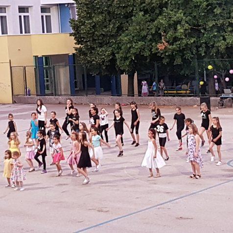 "Održana manifestacija ""Knin pleše""gall-0"