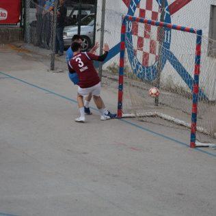 Turnir: U 20h polufinalne utakmice; Tombola donosi ljetovanjegall-5