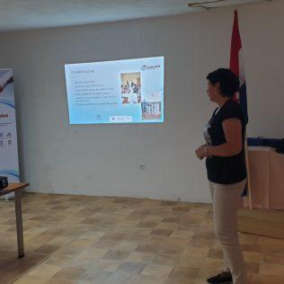 Ervenik: Predstavljen projekt zapošljavanja ženagall-3